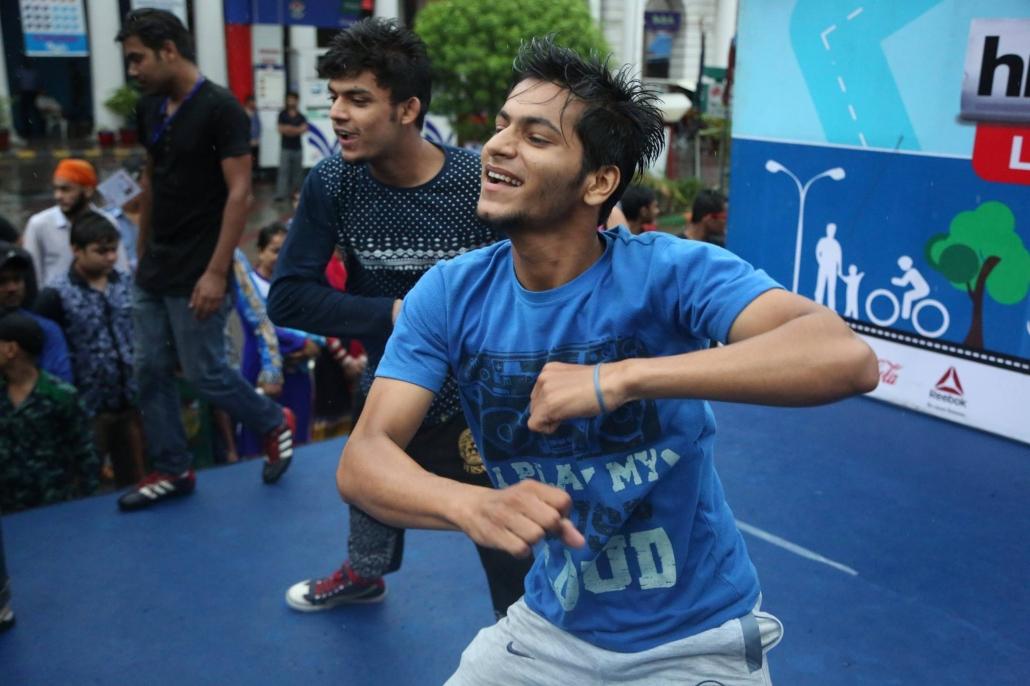 Bollywood dance classes at Yogstars school